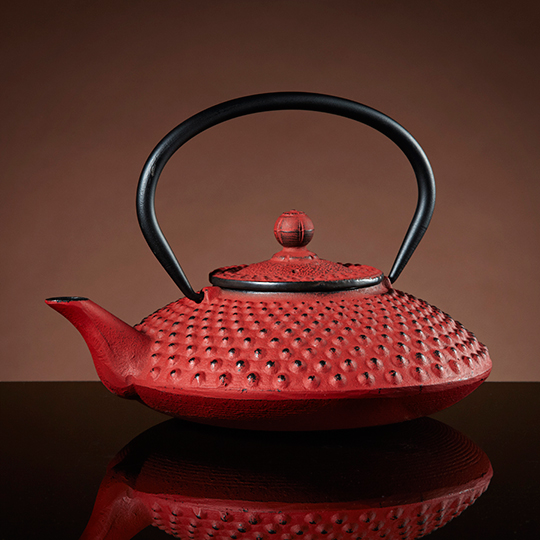 Warrior-Teapot-in-Red