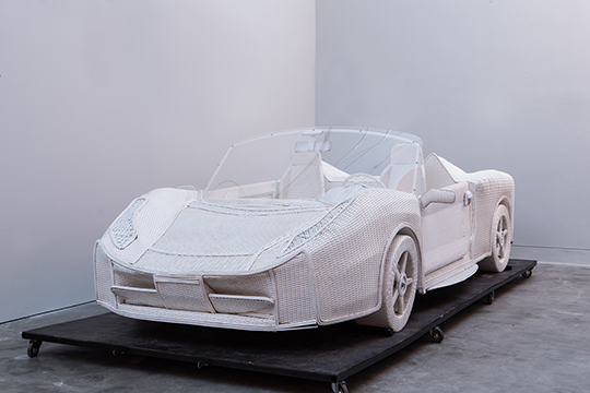 Anon-Pairot_Chiangrai-Ferrari_2015_Image-courtesy-of-artist-and-Numthong-Gallery_1
