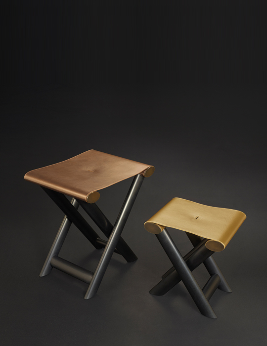 folding-stool_petit-grand-nyx_01a