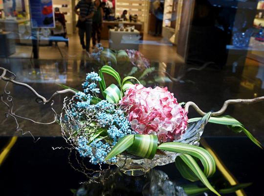 a.6-Lalique-Ikebana-Singapore