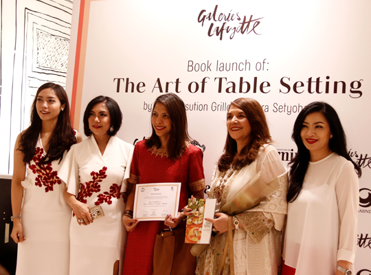 a.4-The-art-Table-Setting