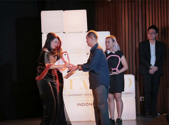 a.9-Art-Stage-Art-Award