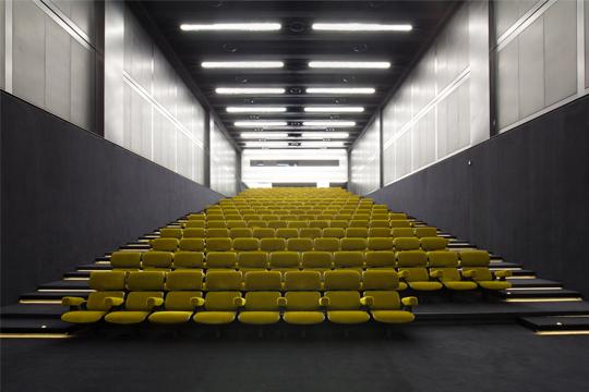 a.1-Cinema-Prada